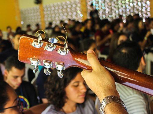 O Ministério de Música na comunidade Doce Mãe de Deus